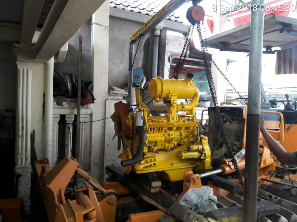 service excavator